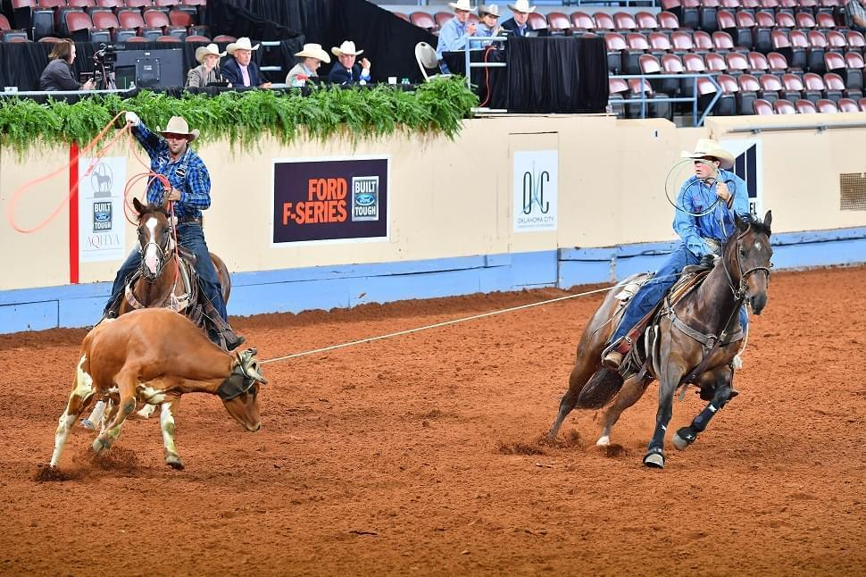 horse showing team roping heading (Credit: Journal)