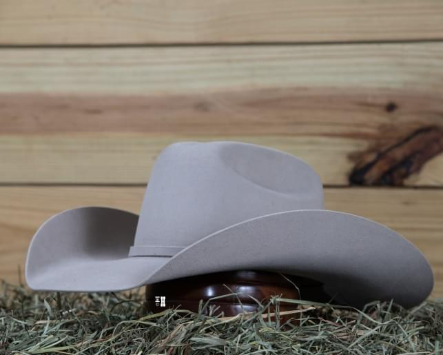 Cowboy Hat 101: How to Create the Perfect Look - AQHA